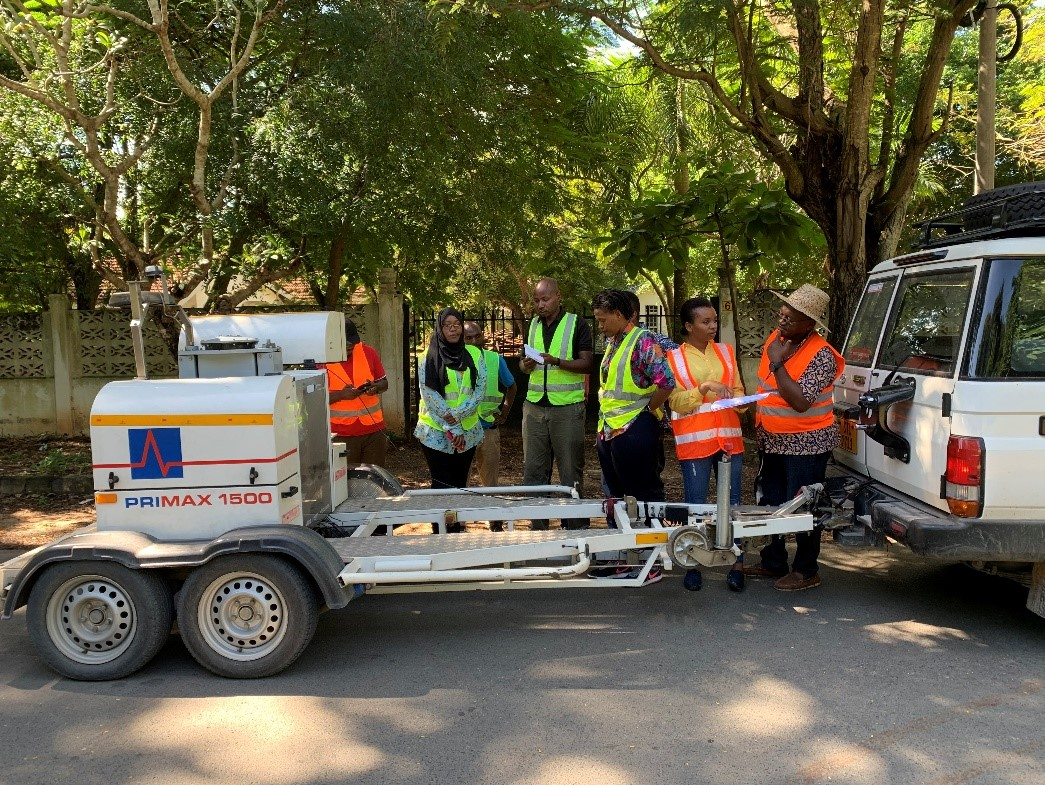Improvement of a Roads Maintenance System (DROMAS) for use by the Dar es Salaam Local Authorities